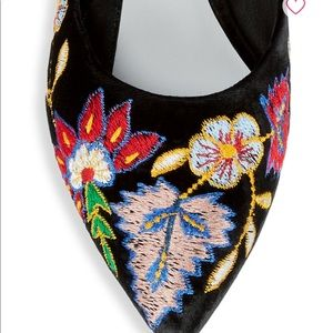 Alice + Olivia Shoes - Alice and Olivia ABBEY Embroidered Mules